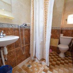 Отель Zaghro Марокко, Уарзазат - отзывы, цены и фото номеров - забронировать отель Zaghro онлайн ванная