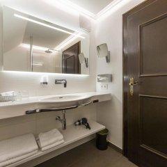 Отель Friesachers Aniferhof Аниф ванная