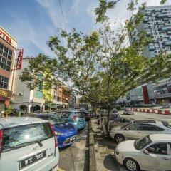 Отель OYO 271 Fast Hotel Setapak Малайзия, Куала-Лумпур - отзывы, цены и фото номеров - забронировать отель OYO 271 Fast Hotel Setapak онлайн парковка