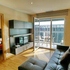 Отель Apt. Fira Gran Via - Barcelona4Seasons комната для гостей