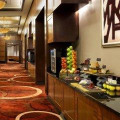 Отель Sheraton New York Times Square США, Нью-Йорк - 1 отзыв об отеле, цены и фото номеров - забронировать отель Sheraton New York Times Square онлайн питание фото 2