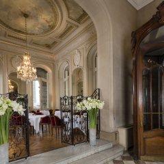 Hotel Regina Louvre интерьер отеля