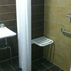Отель Doña Carlota Испания, Сьюдад-Реаль - отзывы, цены и фото номеров - забронировать отель Doña Carlota онлайн ванная