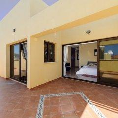 Отель Fig Tree Bay Villa 10 Кипр, Протарас - отзывы, цены и фото номеров - забронировать отель Fig Tree Bay Villa 10 онлайн балкон