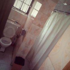 Отель Bv.Standard Executive Suite Нигерия, Калабар - отзывы, цены и фото номеров - забронировать отель Bv.Standard Executive Suite онлайн ванная фото 2