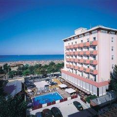 Отель Due Mari Римини пляж