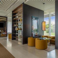 Отель The Oberoi Beach Resort Al Zorah ОАЭ, Аджман - 1 отзыв об отеле, цены и фото номеров - забронировать отель The Oberoi Beach Resort Al Zorah онлайн интерьер отеля