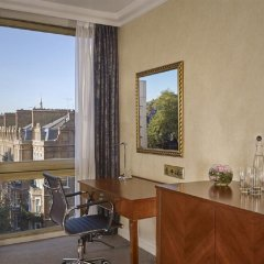 Millennium Gloucester Hotel London удобства в номере
