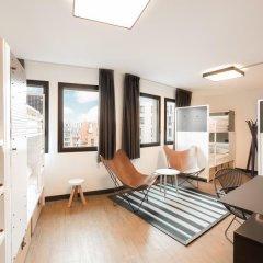 Отель Generator Paris Кровать в женском общем номере с двухъярусной кроватью