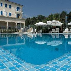 Sea Palace Hotel Фускальдо бассейн