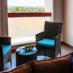 Отель Hili Rayhaan by Rotana ОАЭ, Эль-Айн - отзывы, цены и фото номеров - забронировать отель Hili Rayhaan by Rotana онлайн удобства в номере фото 2