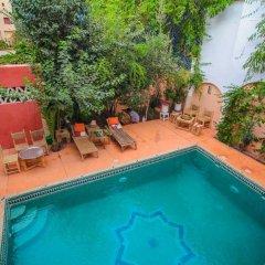 Отель Maison d'Hôtes Dar Farhana Марокко, Уарзазат - отзывы, цены и фото номеров - забронировать отель Maison d'Hôtes Dar Farhana онлайн бассейн