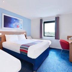 Отель Travelodge Manchester Central комната для гостей фото 5