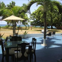 Отель By The Sea Vacation Home And Villa питание