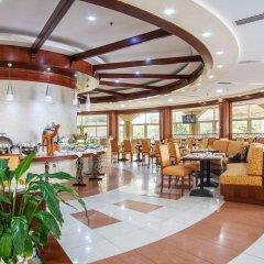 Sharjah Premiere Hotel & Resort питание фото 2