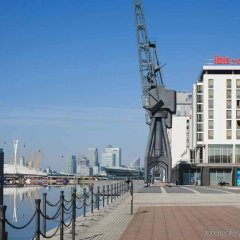 Отель ibis London Excel-Docklands Великобритания, Лондон - отзывы, цены и фото номеров - забронировать отель ibis London Excel-Docklands онлайн приотельная территория