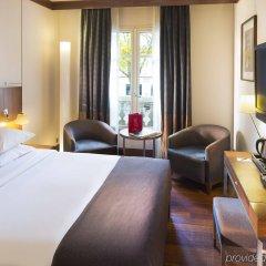 Radisson Blu Hotel Champs Elysées, Paris комната для гостей фото 3