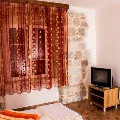 Отель D & Sons Apartments Черногория, Котор - 1 отзыв об отеле, цены и фото номеров - забронировать отель D & Sons Apartments онлайн удобства в номере фото 2