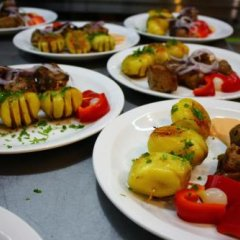 lian Family Hotel & Restaurant питание фото 3