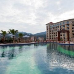 Haili Garden Hotel бассейн
