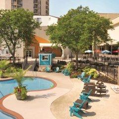 Radisson Hotel Valley Forge бассейн