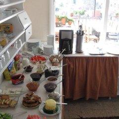 Odyssey Guest House Турция, Дикили - отзывы, цены и фото номеров - забронировать отель Odyssey Guest House онлайн питание фото 2