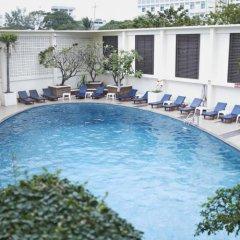 Отель Triple Two Silom Бангкок бассейн фото 3