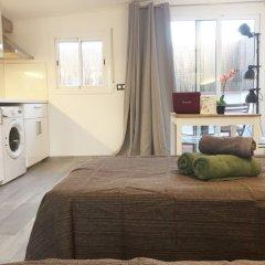 Отель Apartamentos Radas Барселона комната для гостей
