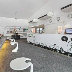 Отель D Varee Xpress Makkasan Таиланд, Бангкок - 1 отзыв об отеле, цены и фото номеров - забронировать отель D Varee Xpress Makkasan онлайн интерьер отеля