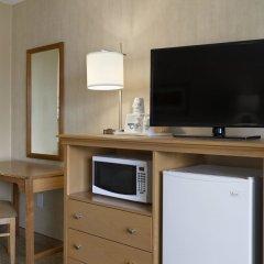 Отель Days Inn by Wyndham Frederick удобства в номере