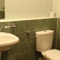 Отель Boulevard City Guesthouse Венгрия, Будапешт - отзывы, цены и фото номеров - забронировать отель Boulevard City Guesthouse онлайн ванная фото 2