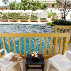 Отель Kata Sea Breeze Resort балкон