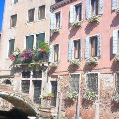 Отель 3749 Pontechiodo Италия, Венеция - отзывы, цены и фото номеров - забронировать отель 3749 Pontechiodo онлайн вид на фасад фото 4