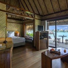 Отель InterContinental Le Moana Resort Bora Bora, an IHG Hotel Французская Полинезия, Бора-Бора - отзывы, цены и фото номеров - забронировать отель InterContinental Le Moana Resort Bora Bora, an IHG Hotel онлайн комната для гостей фото 5