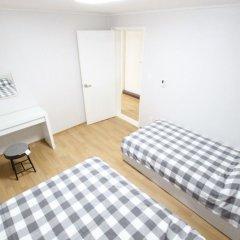 Отель Houseinhongdae6 комната для гостей фото 4
