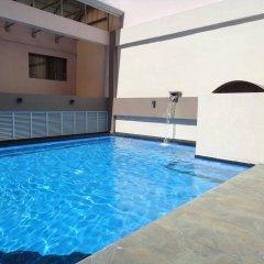Отель Diamond Suites And Residences Филиппины, Лапу-Лапу - 1 отзыв об отеле, цены и фото номеров - забронировать отель Diamond Suites And Residences онлайн бассейн
