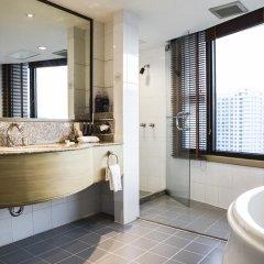 Отель AVANI Atrium Bangkok Таиланд, Бангкок - 4 отзыва об отеле, цены и фото номеров - забронировать отель AVANI Atrium Bangkok онлайн ванная фото 2