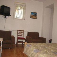 Отель Hostel Lucy Сербия, Белград - отзывы, цены и фото номеров - забронировать отель Hostel Lucy онлайн комната для гостей