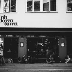 Отель Copenhagen Downtown Hostel Дания, Копенгаген - 1 отзыв об отеле, цены и фото номеров - забронировать отель Copenhagen Downtown Hostel онлайн гостиничный бар