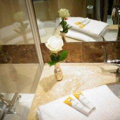 Отель Prince De Conti Франция, Париж - отзывы, цены и фото номеров - забронировать отель Prince De Conti онлайн ванная