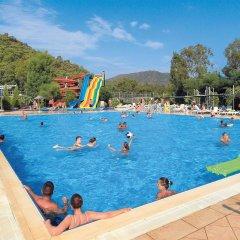 Marmaris Resort & Spa Hotel Турция, Кумлюбюк - отзывы, цены и фото номеров - забронировать отель Marmaris Resort & Spa Hotel онлайн бассейн