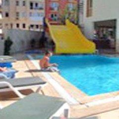 George & Dragon Beach Hotel Турция, Мармарис - отзывы, цены и фото номеров - забронировать отель George & Dragon Beach Hotel онлайн бассейн