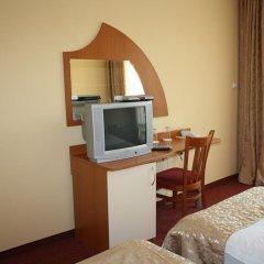 Отель Paradise Hotel Болгария, Поморие - отзывы, цены и фото номеров - забронировать отель Paradise Hotel онлайн удобства в номере фото 2