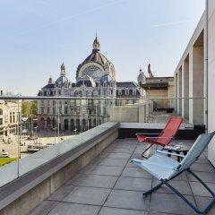 Hotel Indigo Antwerp - City Centre Антверпен балкон