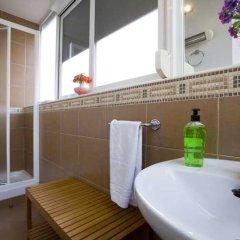 Отель Apartamentos Tirso De Molina ванная