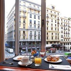 Hotel Madrid Plaza de Espana managed by Melia в номере фото 2