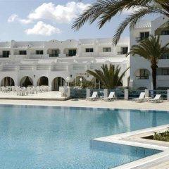 Отель Baya Beach Aqua Park Resort & Thalasso Тунис, Мидун - отзывы, цены и фото номеров - забронировать отель Baya Beach Aqua Park Resort & Thalasso онлайн бассейн