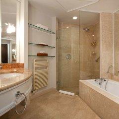 Отель Hyatt Regency Belgrade ванная фото 2