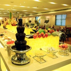 Отель Grand Metropark Xi'an фото 2