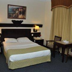 Claridge Hotel Dubai Дубай сейф в номере